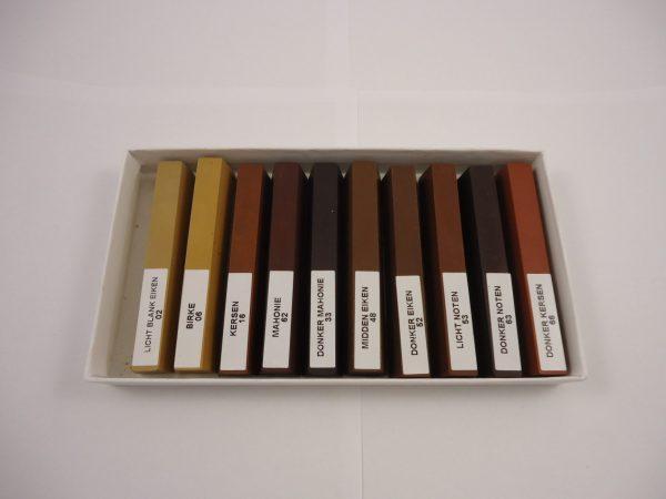 Doosje stopwasstaafjes met gemengde kleuren 20 gram (zeer hard) 10 st.
