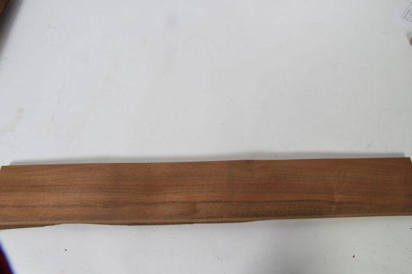 L 82 cm x B 11 cm 29 bladen